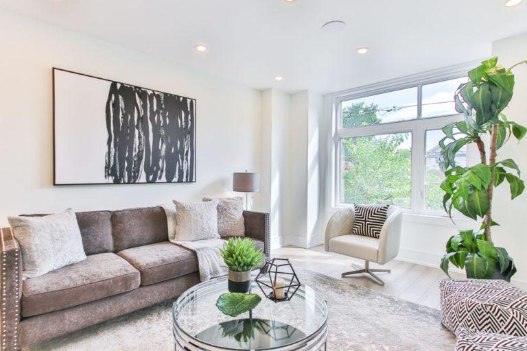 6 Essential Decor Pieces For Your Living Room