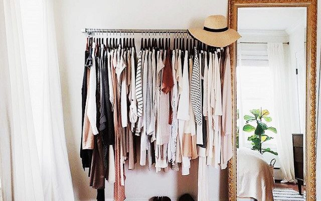 HOW TO ORGANISE & DECLUTTER FOR THE CHANGE OF SEASON – 5 HANDY TIPS!