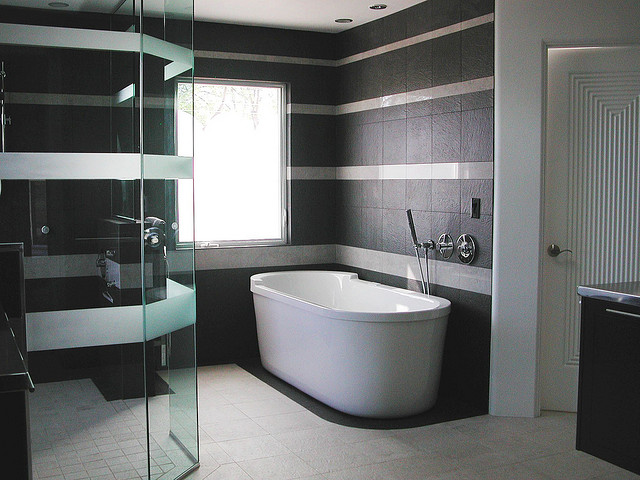 7 Smart Bathroom Renovation Tips That Will Make a Huge Difference