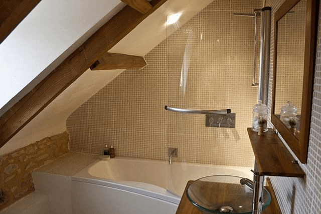How Your Bathroom Can Hinder the Sale of Your House
