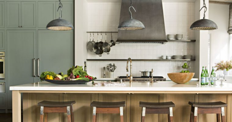TRANSFORM YOUR KITCHEN INTO A TRENDY SPACE IN ONLY ONE WEEKEND