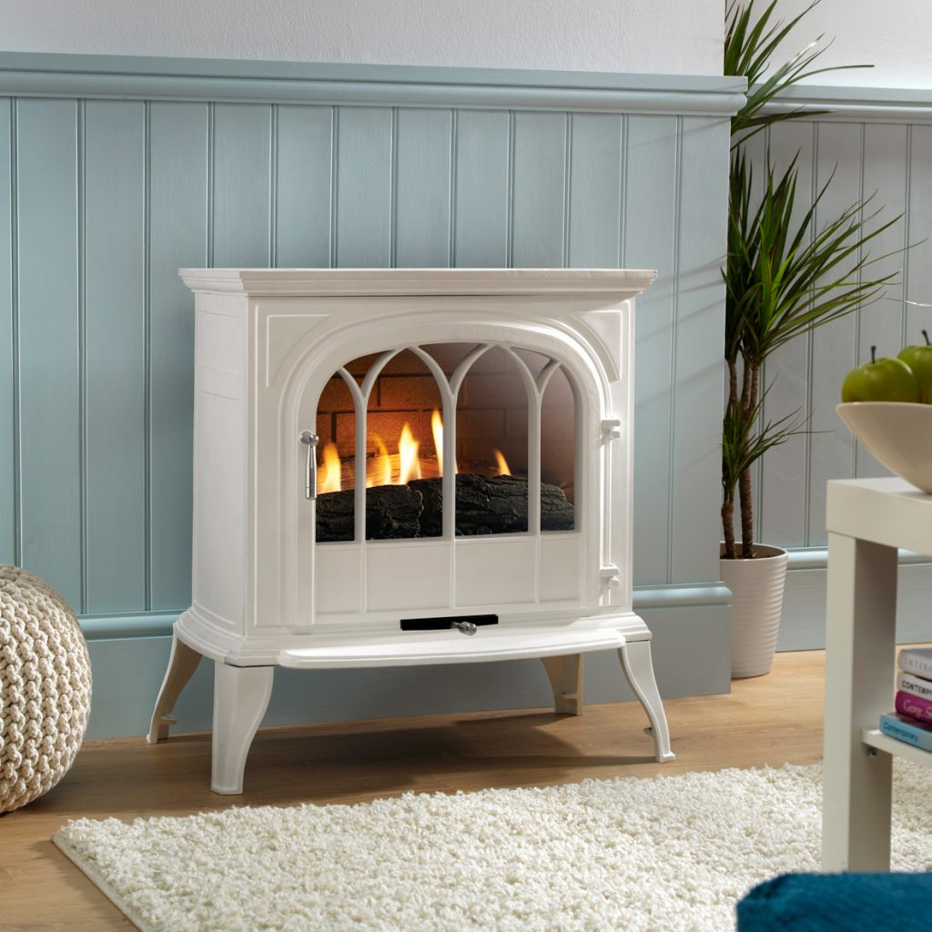 Autumn must-haves Leirvik_White Gas Fireplace