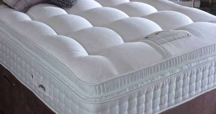 Consider the Quality Benefits of Latex and Spring Mattress before Buying