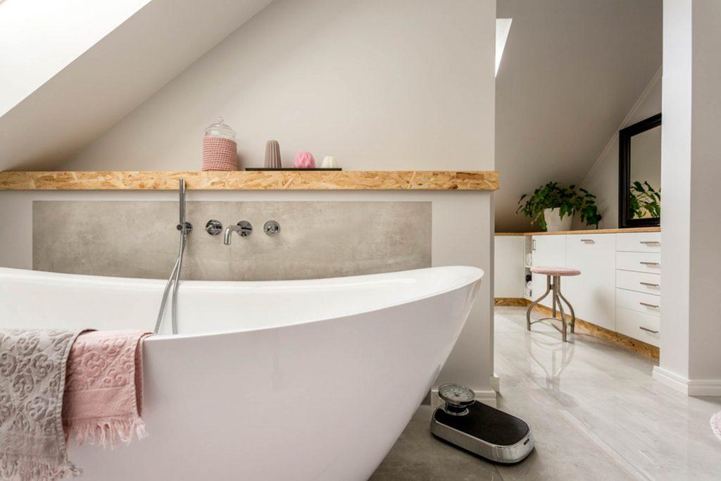 5+3 Ways to Make a Tiny Bathroom Look Bigger