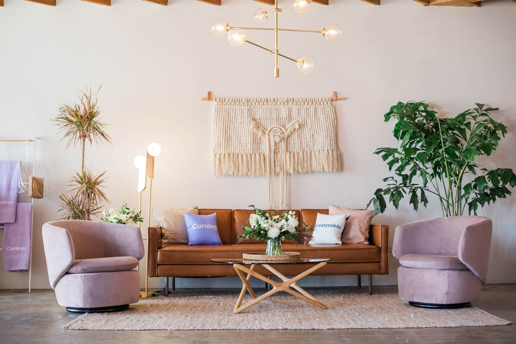 Four Tips on Choosing the Right Furniture for Your Home