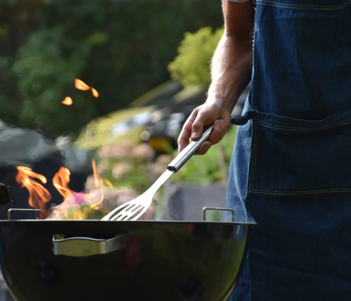 6 Unavoidable Signs That You Need A New Outdoor Grill