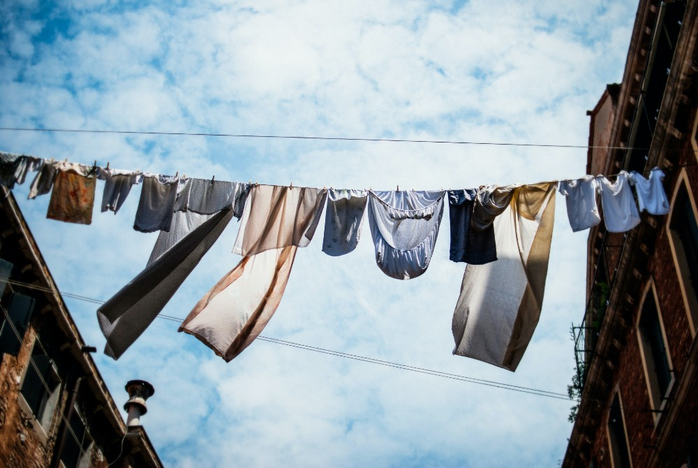The Types of Garden Washing Line to Dry Laundry Outdoors