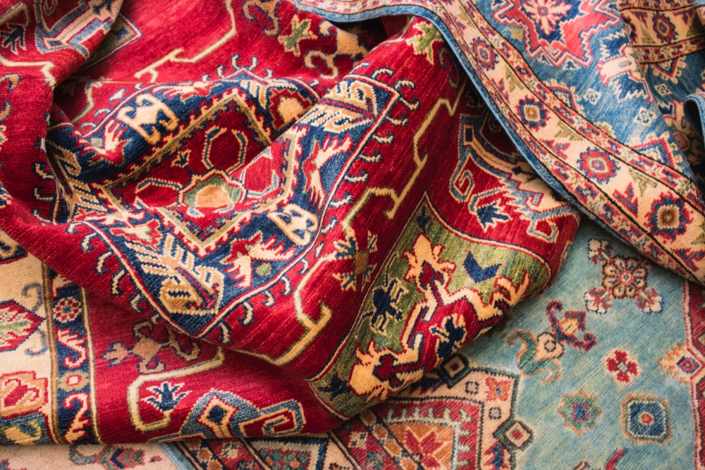 6 Simple Tricks for Successfully Buying Authentic Oriental Rugs