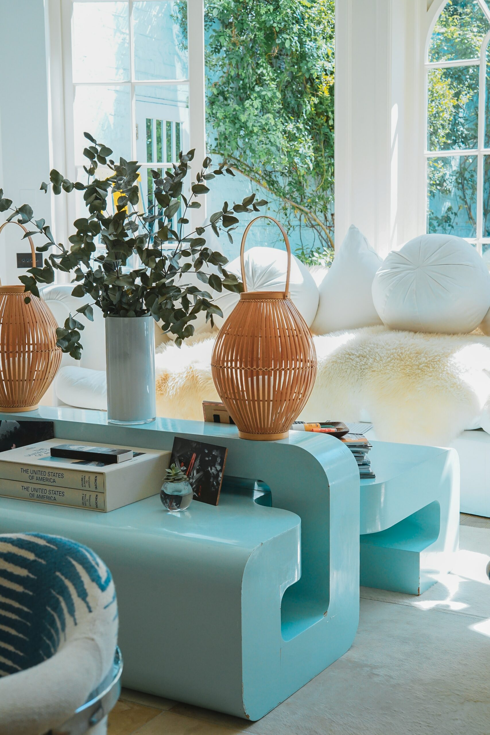 How to Create a Focal Point in Your Room's Interior Design