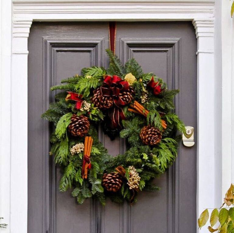 Perfect Styling for a Festive Home
