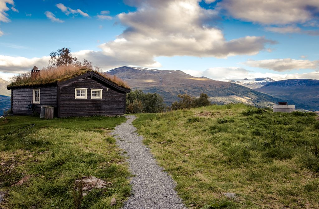 A Guide to Insulating a Log Cabin
