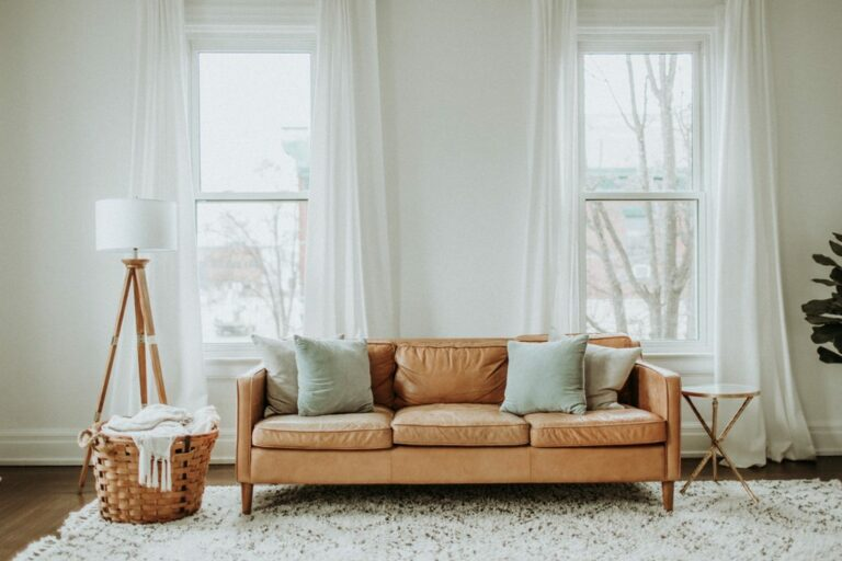 How to Pick the Right Blinds For Your Home