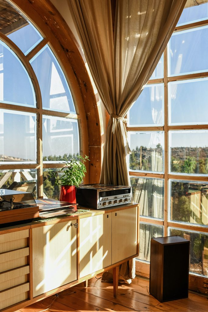 Why wood is the best material for windows
