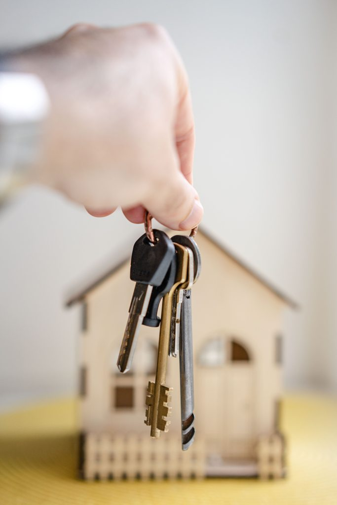 WANT TO TAKE A HOME LOAN CONSIDER THESE 7 THINGS FIRST